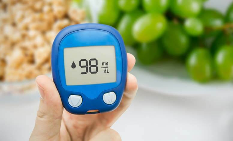 glucometer showing normal blood sugar level